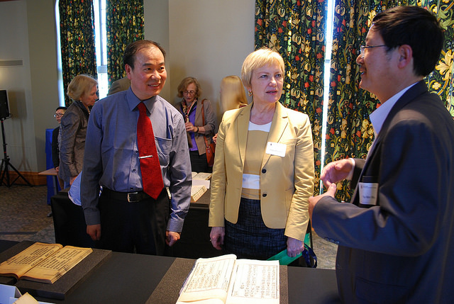 From left to right: Professor Boyue Yao, UBC's University Librarian, Ingrid Parent, and Mr. Ya min Wu, a special researcher at UBC's Asian Library.